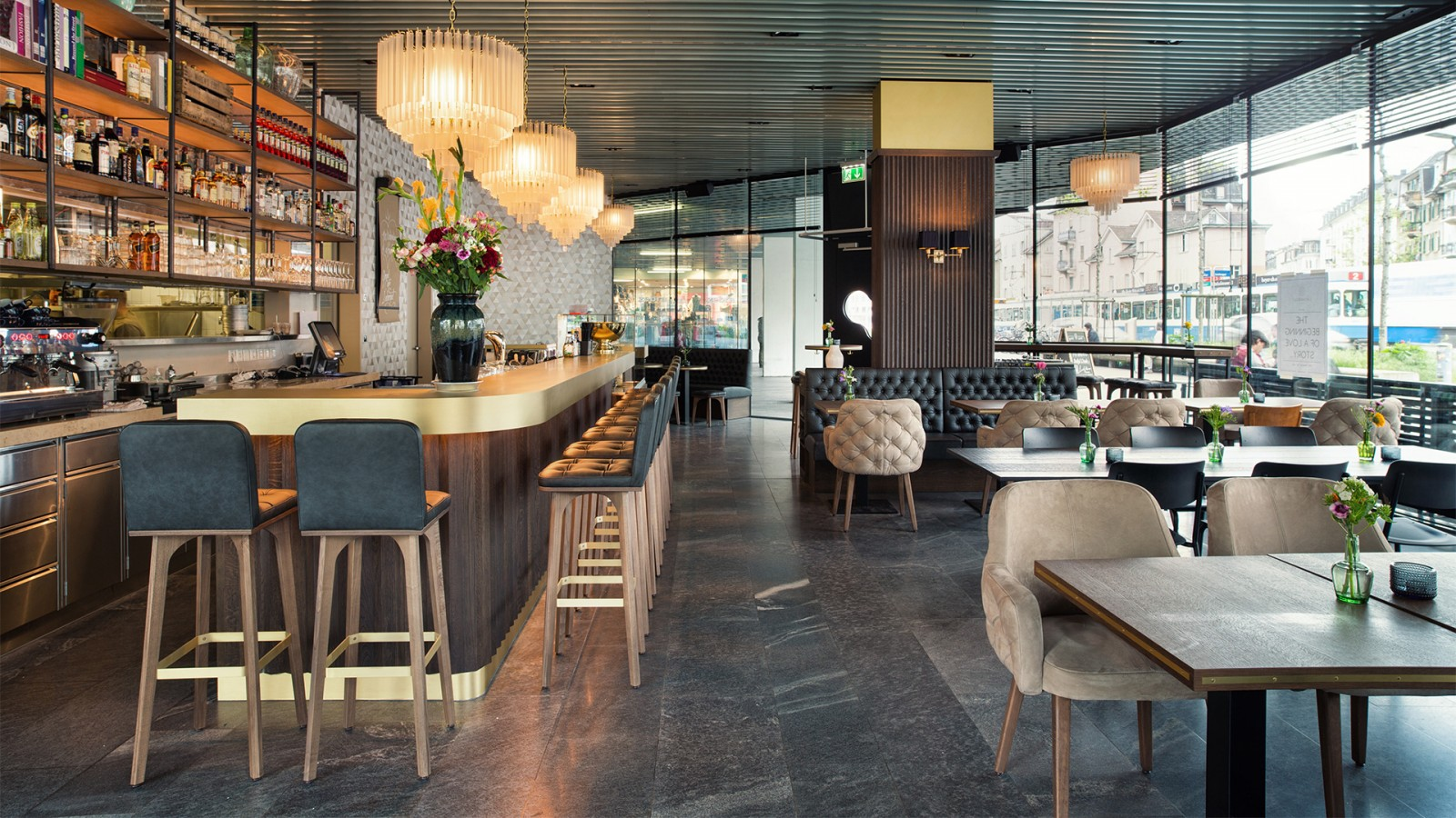 Grand caf lochergut dyer smith frey interior for Kitchen design zurich
